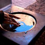 a-fost-ascuns-acest-lucru-milioanelor-de-credinciosi-apa-sfintita-poate-aduce-moartea-motivele-263186